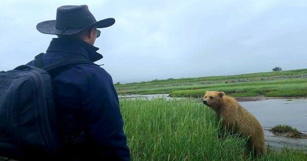 Screenshot: YouTube / Grizzly Alaska